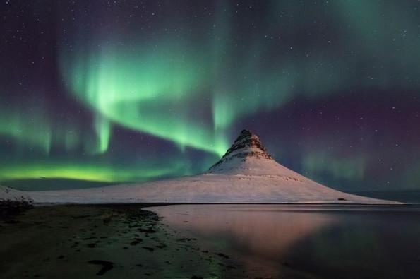 Những dải ánh sáng tuyệt đẹp ở phía Tây Iceland. (Tác giả: Stefan Brenner).