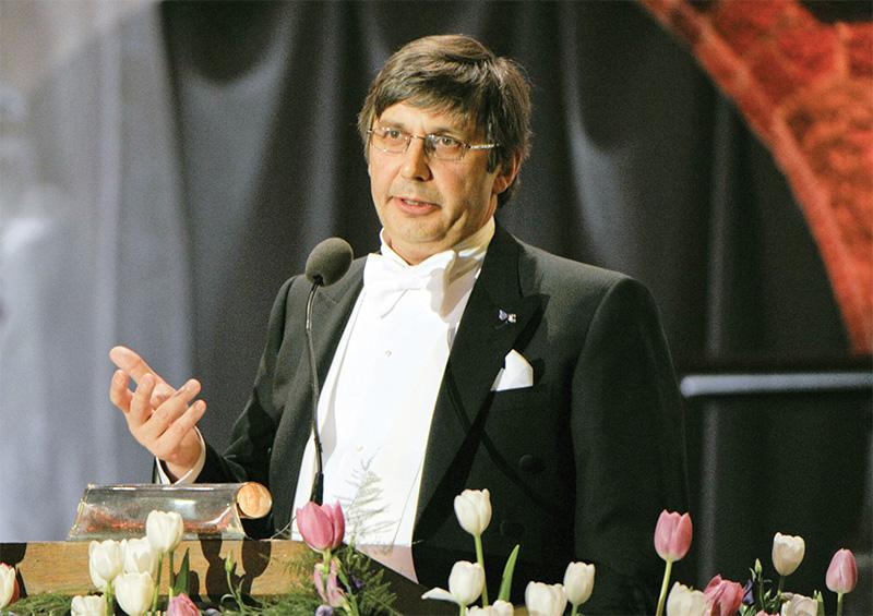 Giáo sư Andre Geim - người đầu tiên giành cả hai giải Ig Nobel và Nobel. Ảnh: Independent