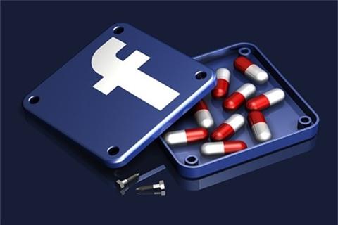 Nghien facebook, vo chong 70 tuoi dung dung doi ly hon