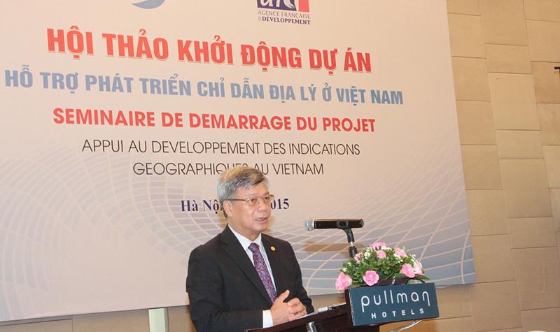 Thứ trưởng Bộ kH&CN nhấn mạnh Việt Nam có lợi thế về điều kiện tự nhiên, đa dạng văn hóa, cộng đồng trong sản xuất nông nghiệp để phát triển chỉ dẫn địa ở Việt Nam.