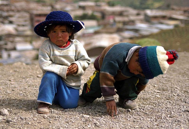 El Nino đã ảnh hưởng tiêu cực tới sự phát triển của trẻ em Peru.  Ảnh: Resourcecenter.savethechildren.se