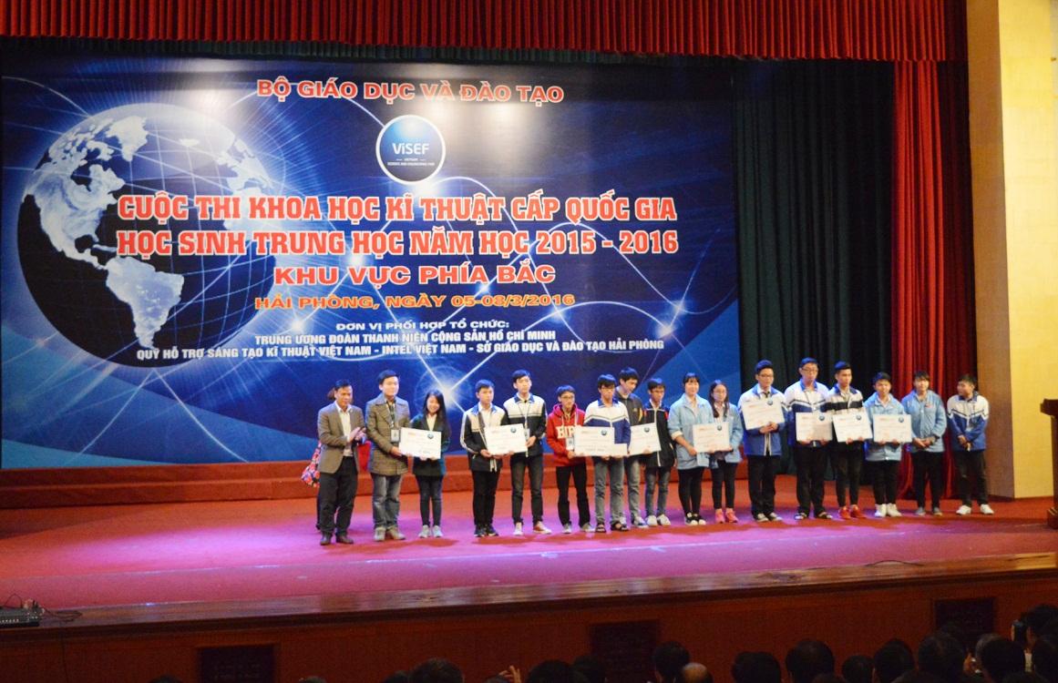 DTT Eduspec trao các giải thưởng khoa học kỹ thuật thuộc lĩnh vực STEM