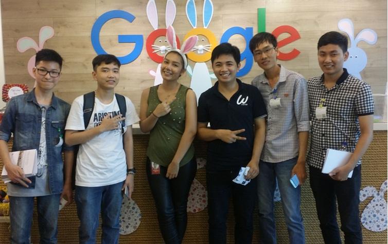"""Chi tiết sự kiện """"Think Publishing 2016 // SEA"""" và chuyến tham quan văn phòng Google cho 5 nhóm giành giải Triển vọng của Bluebird Award 2015"""