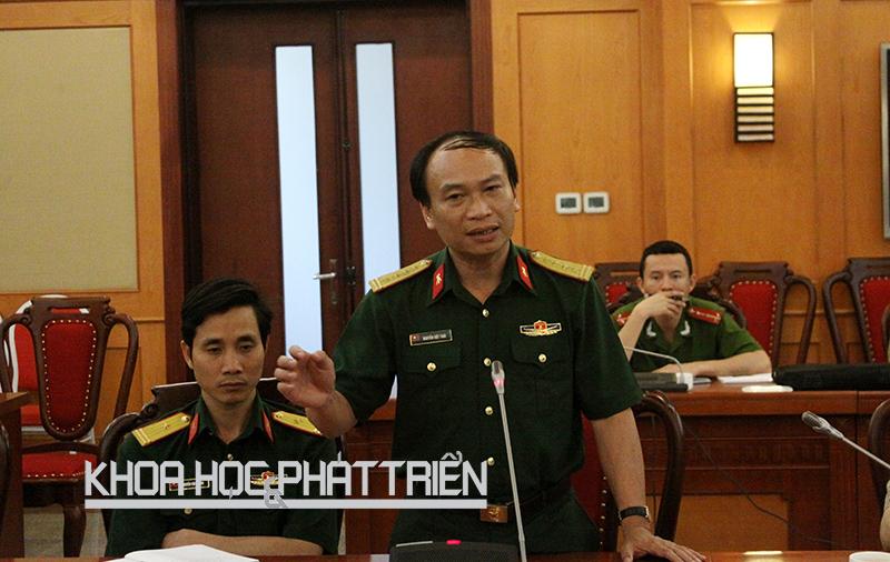 Đại tá Nguyễn Việt Thái phát biểu tại cuộc họp do Bộ KH&CN tổ chức chiều 26/4. Ảnh: NH