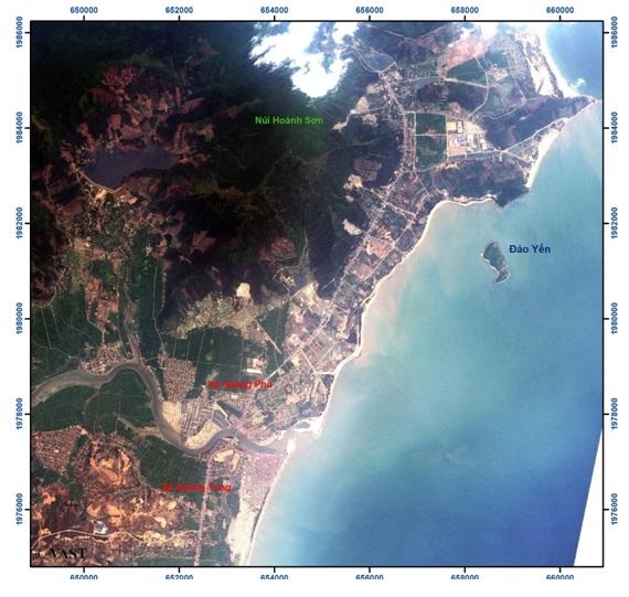 Ảnh chụp qua vệ tinh VNREDSat-1 khu vực lân cận Vũng Áng. ảnh: Viện hàn lâm KH&CNVN.
