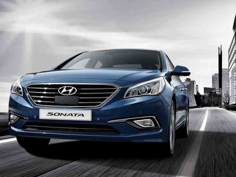 Liệu rằng Sonata Sport 2.0L 2016 có đấu nổi Toyota Camry 6