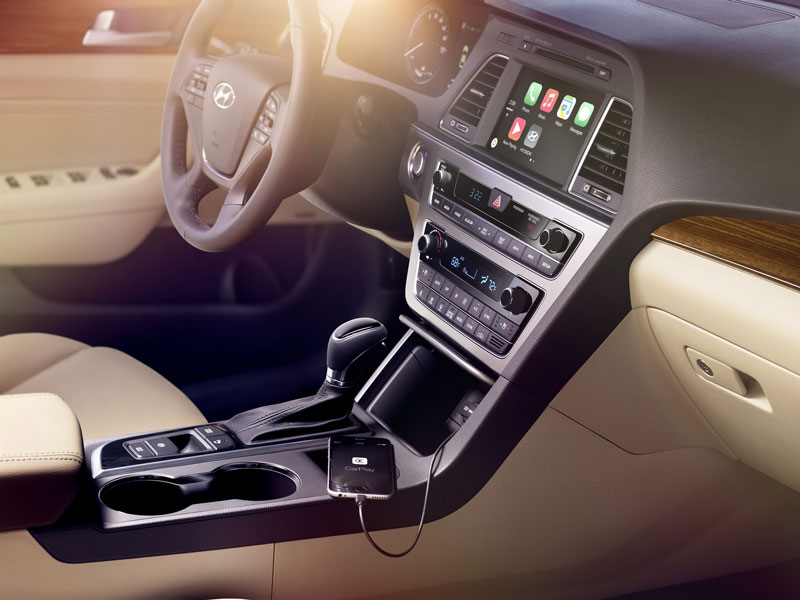 Liệu rằng Sonata Sport 2.0L 2016 có đấu nổi Toyota Camry 14
