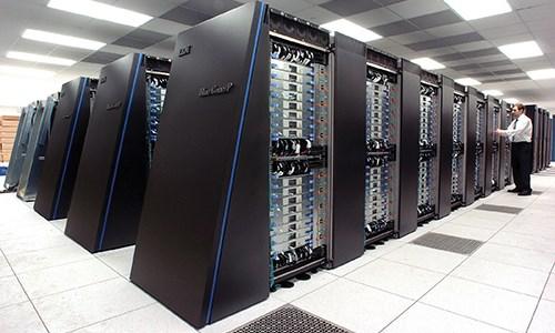 Một siêu máy tính