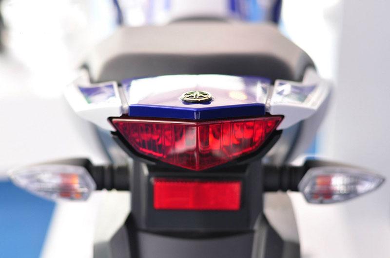 Cận cảnh Yamaha FZ150I GP mẫu mô tô được biker Việt yêu thích 17