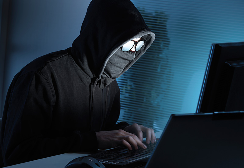 Hacker - tệ nạn ngày càng trở nên tai hại trong kỷ nguyên IoT. Ảnh: INT