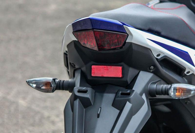 Cận cảnh xe Yamaha Aerox 125 LC mẫu tay ga giá rẻ với 31 triệu VNĐ 18