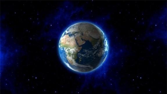 Mất 8 phút 20 giấy để ánh sáng đi từ mặt trời đến Trái đất.