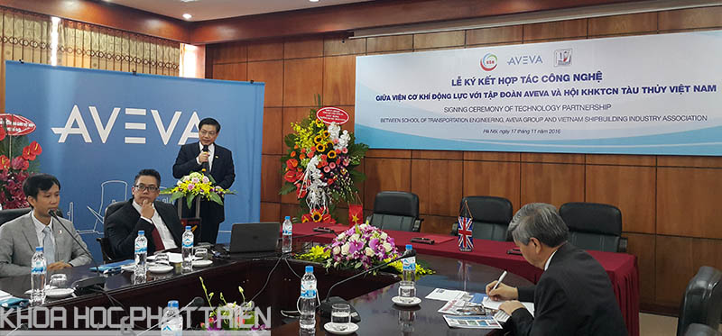 TS Nguyễn Văn Sự - Chủ tịch Hội KHKT công nghiệp tàu thủy phát biểu tại lễ ký kết.