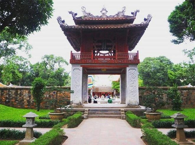 24 gio kham pha tron ven cho nguoi den Ha Noi lan dau hinh anh 3