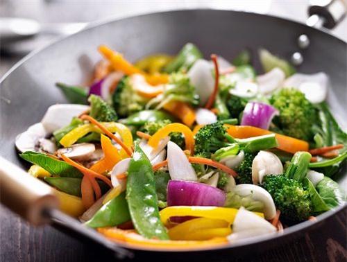 Giảm cân, cần tránh ngay 10 sai lầm này khi nấu ăn