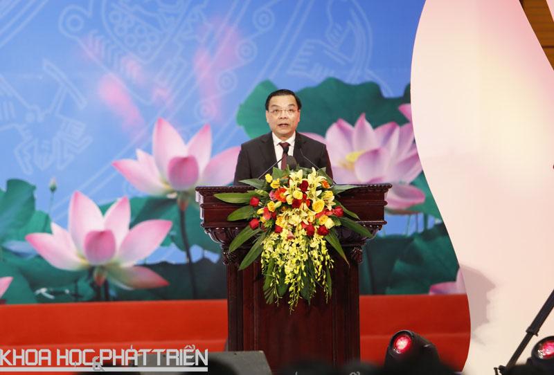 Bộ trưởng Chu Ngọc Anh phát biểu tại lễ trao giải thưởng. Ảnh: Loan Lê.