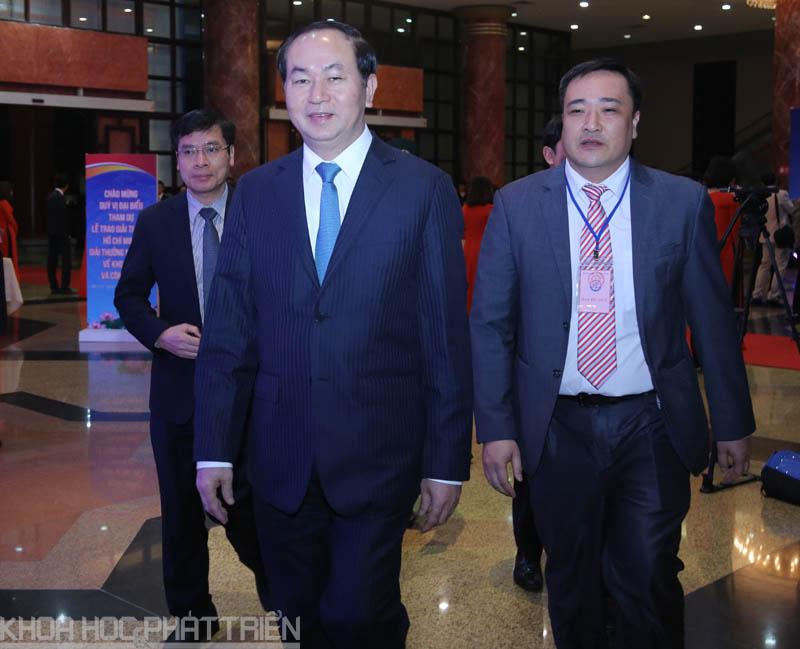 Chủ tịch nước Trần Đại Quang đến sự kiện từ rất sớm để tham dự sự kiện. Ảnh: Loan Lê.