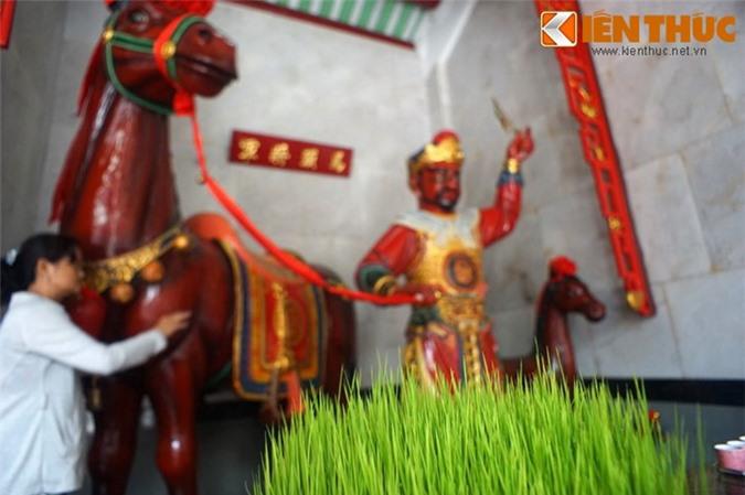 Doc dao tuc chui bung ngua Xich Tho cau may dau nam-Hinh-9