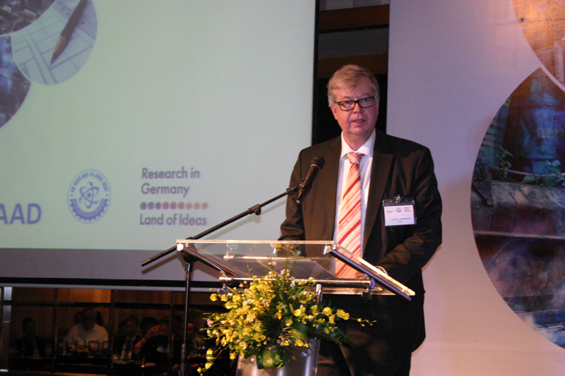 Ông Frithjof A.Maennel, Phó Tổng vụ trưởng, Vụ Hợp tác quốc tế về Nghiên cứu và giáo dục BMBF.