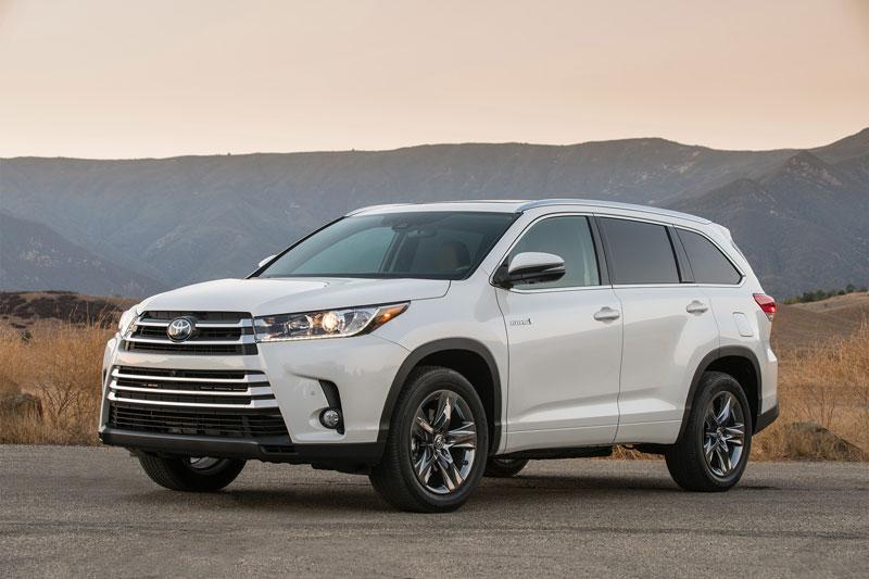 Xe SUV cỡ trung tốt nhất: Toyota Highlander.