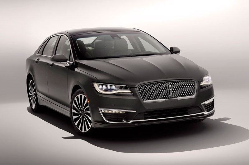 8. Lincoln MKZ 2017.
