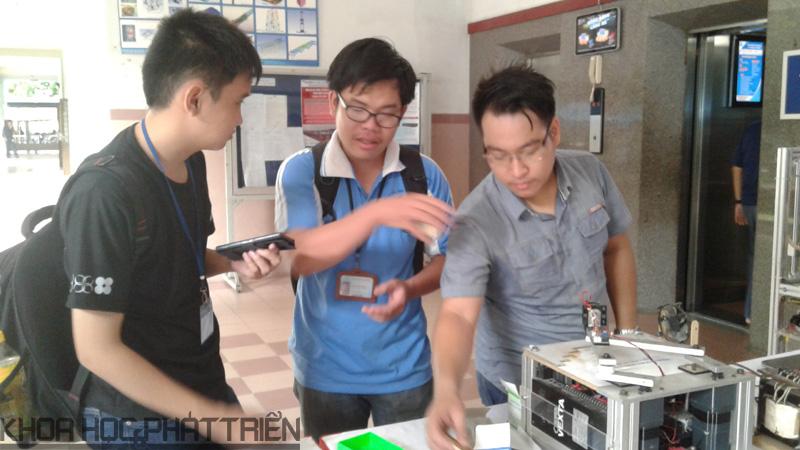 Máy khắc laze - Một trong những sản phẩm được nhiều bạn trẻ quan tâm