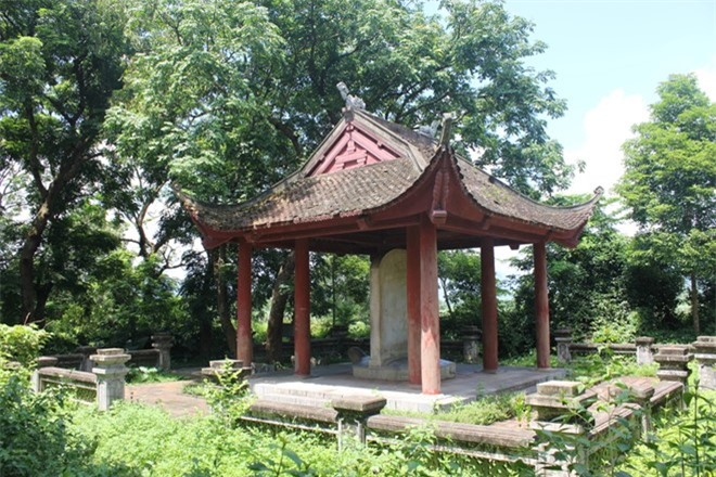 Chuyen cam dong ve vua Le Hien Tong va bat canh cua thay hinh anh 1
