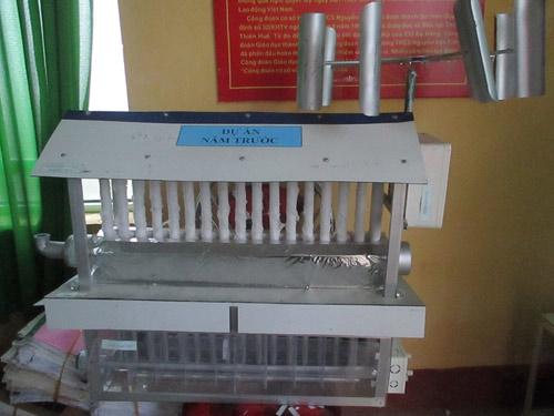 Mô hình máy làm mát không khí bằng năng lượng gió ở giai đoạn đầu. Ảnh: Nhật Tuấn.