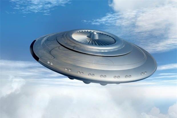 UFO xuất hiện nhiều làm dấy lên lo ngại người ngoài hành tinh xâm lăng Trái Đất.