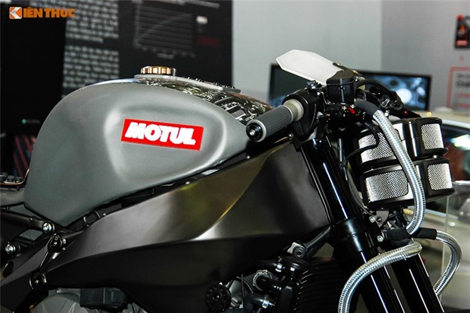 Can canh sieu moto Motul Onirika gia 796 trieu tai VN-Hinh-4