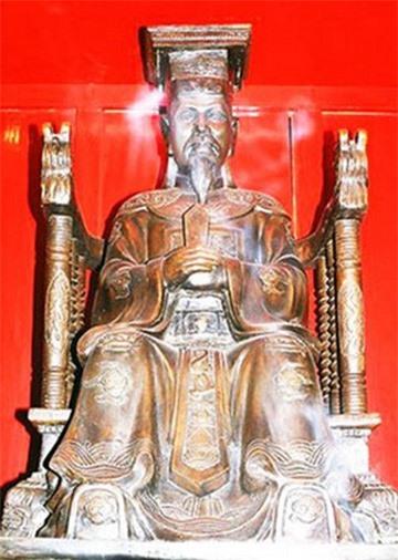 Vua Le Thanh Tong gap sieu trom va bai hoc ve su liem chinh hinh anh 2