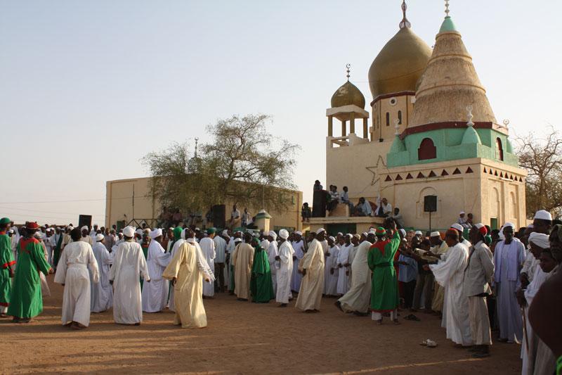 5. Khartoum. Là Thủ đô của Sudan. Nó phát triển mạnh sau hòa bình được tái lập với hòa ước giữa chính phủ Khartoum và lực lượng quân đội của Phong trào Giải phóng Dân tộc Sudan (SPLA). Tuy vậy hạ tầng cơ sở thành phố còn rất kém và mức sống người dân vẫn thấp.