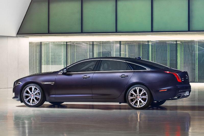6. Jaguar XJ.