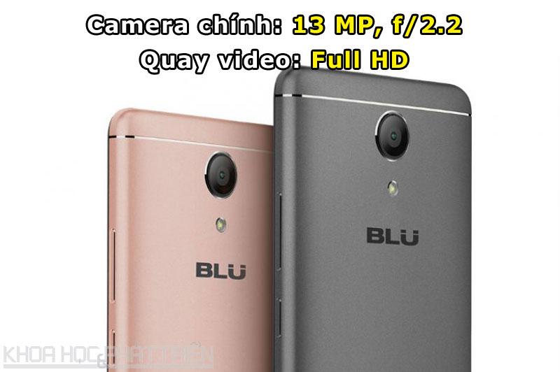 Camera chínhđược trang bị đèn flash LED kép, hỗ trợ lấy nét theo pha.