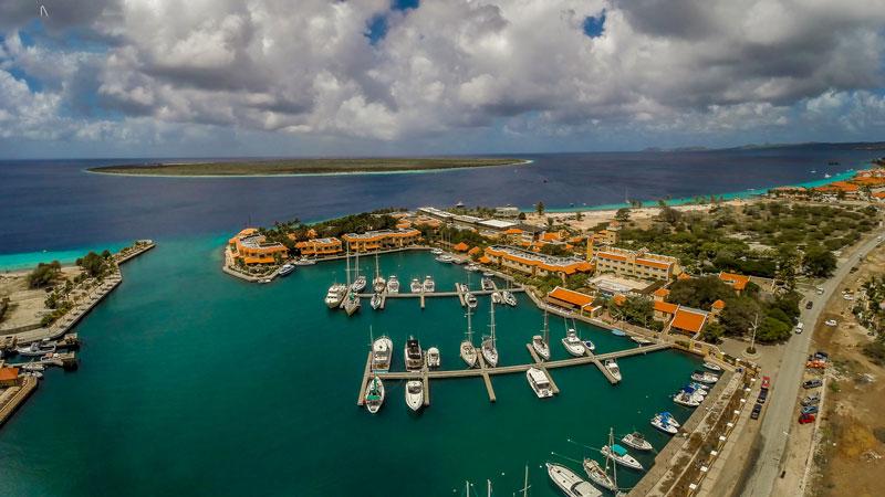 Nền kinh tế của Bonaire chủ yếu dựa vào du lịch.