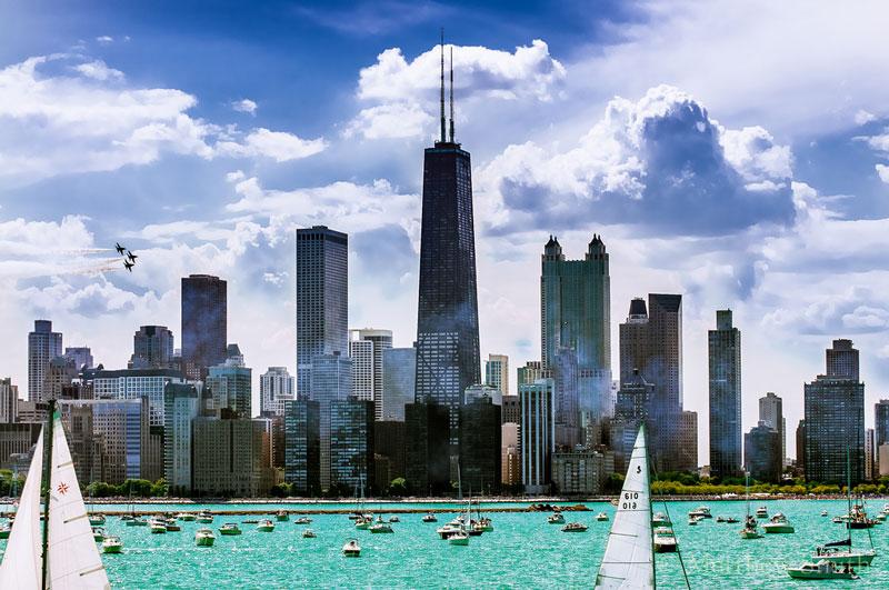Vào mùa Hè, có vô số các lễ hội và sự kiện diễn ra khắp Chicago. Phần nhiều trong số đó hoàn toàn miễn phí. Những lễ hội này có mọi thứ, từ xướng phúc âm đến hát nhạc blue cũng như trình diễn các màn nhào lộn đẹp mắt và các trò cười táo bạo ở chương trình thường niên Chicago air & water (Chicago không khí và nước) trên bờ biển North Avenue.