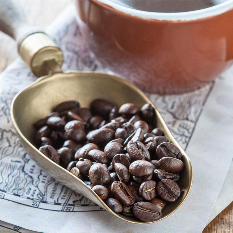 6. Cà phê Mocha Java. Đây được xem là loại cà phê pha trộn nổi tiếng nhất thế giới. Mocha Java là sự kết hợp của cà phê Mocha Arabian (Yemen) và cà phê Arabica Arabica (Indonesia).