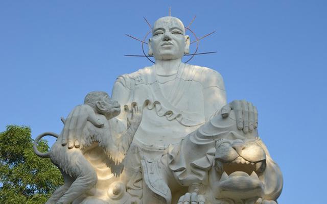 Tượng Thiền sư Vạn Hạnh (Nguồn ảnh: Internet).