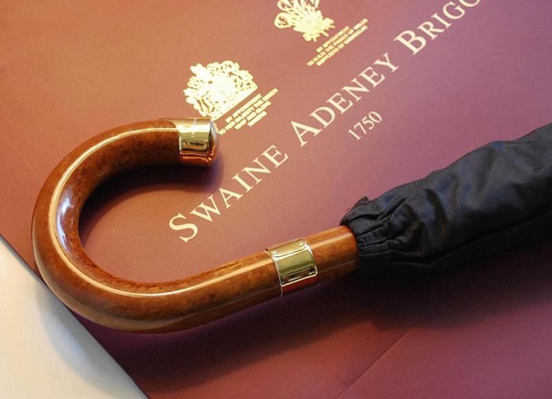 3. Swaine Adeney Brigg Men Umbrella - giá: 760 USD (tương đương 17,21 triệu đồng).
