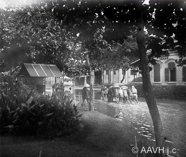 Anh doc ve tran lut lich su o Hai Duong nam 1926-Hinh-4