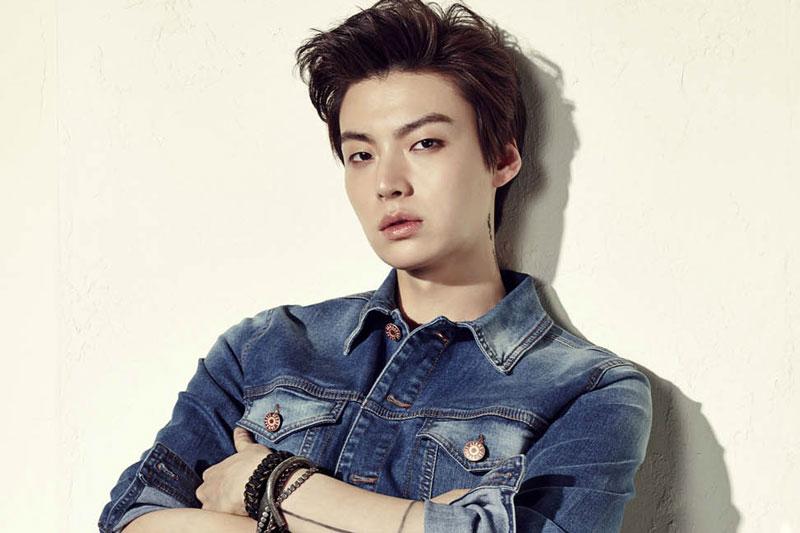 10. Ahn Jae-Hyun. Sinh năm 1987 tại Thủ đô Seoul, Hàn Quốc. Jae-Hyun được công chúng biết đến với vai trò diễn viên, người mẫu.