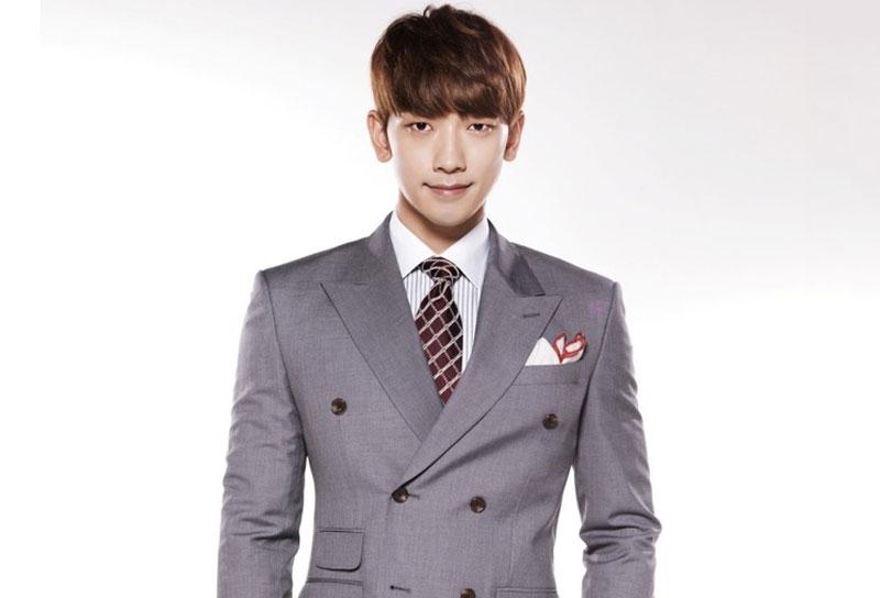 3. Jung Ji-hoon (Bi Rain). Sinh năm 1982 tại thành phố Seosan, Hàn Quốc. Bi Rain được xem là một trong những ca sĩ, diễn viên người Hàn Quốc nổi tiếng nhất châu Á nói chung và thế giới nói riêng.