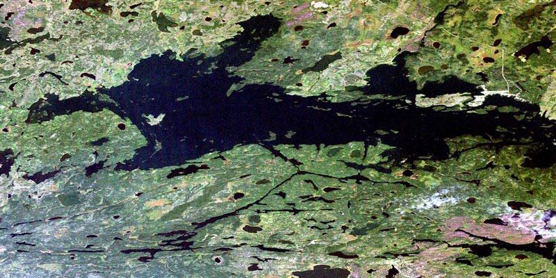 7. Pekwachnamaykoskwaskwaypinwanik (31 ký tự). Hồ nước nằm ở tỉnh Manitoba, Canada. Đây là tên địa điểm dài nhất ở Canada.