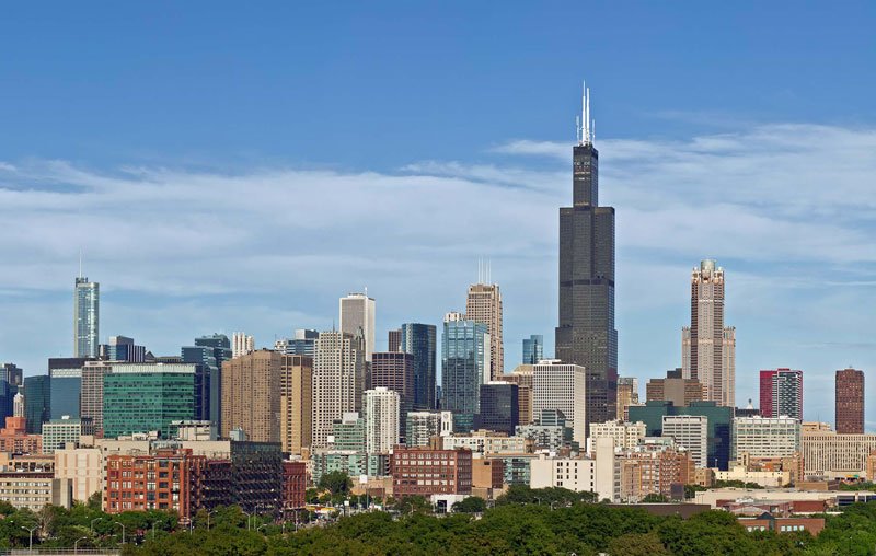 9. Willis Tower (108 tầng). Là tò nhà chọc trời ở Chicago, Mỹ. Đây là công trình cao nhất thế giới từ năm 1973 - 1998.