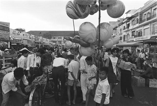 Sai Gon thap nien 1960 trong ong kinh nguoi Phap-Hinh-4