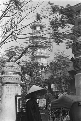 Sai Gon thap nien 1960 trong ong kinh nguoi Phap-Hinh-8