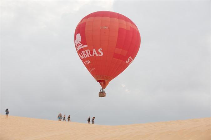 Vé ngắm Phan Thiết từ khinh khí cầu giá 7 triệu đồng