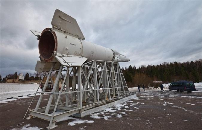 Trong trường hợp cần thiết, Don-2N có thể dẫn bắn cho 20 tên lửa đánh chặn khác nhau.