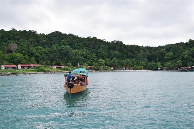 Đu zipline ngắm đảo thiên đường Koh Rong từ trên cao