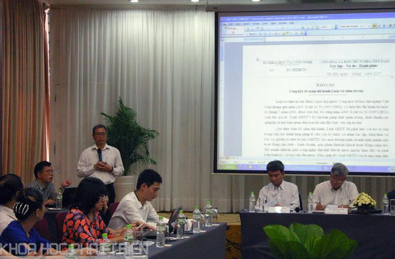 Ông Lê Ngọc Lâm - Phó Cục trưởng Cục SHTT báo cáo tổng kết 10 năm thi hành Luật SHTT